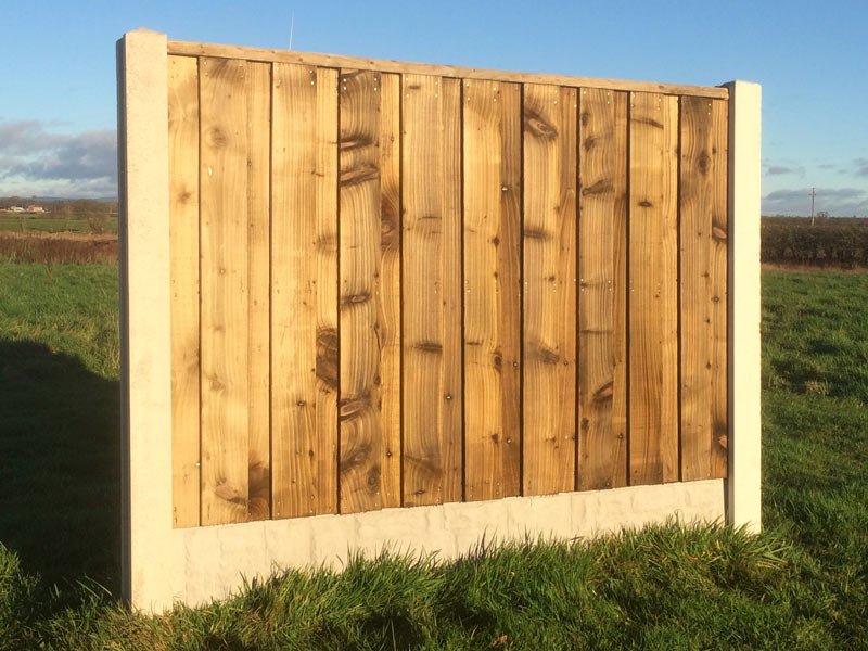 Heavy Duty Closed Board Fence Panel With Flat Top